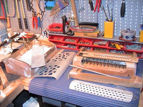 Blick in die Akkordeonwerkstatt