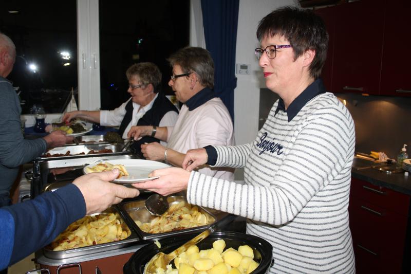 Unsere fleißigen Helferinnen (v.l.): Gudrun, Angelika, Beate - Dankeschön!
